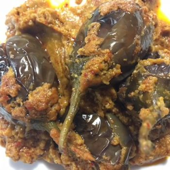 Ennai Kathirikai Recipe | Stuffed Brinjal Recipe